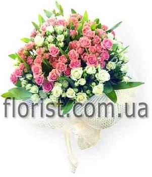 Букет из кустовых роз Летний этюд